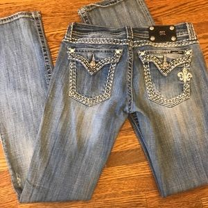 Women's size 28 miss me jeans heavy stitch
